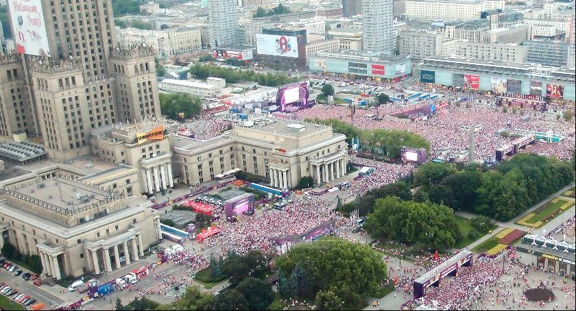 Interwencje, Parada blagierów - zdjęcie, fotografia