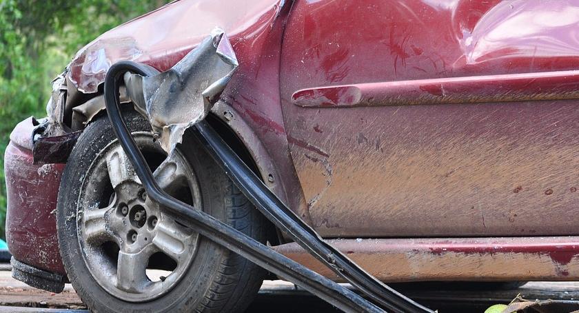 Wypadki, Zderzenie samochodów Grójeckiej Wyłączone - zdjęcie, fotografia