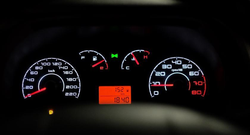 Inwestycje, Warszawie darmo naładujesz samochód elektryczny - zdjęcie, fotografia