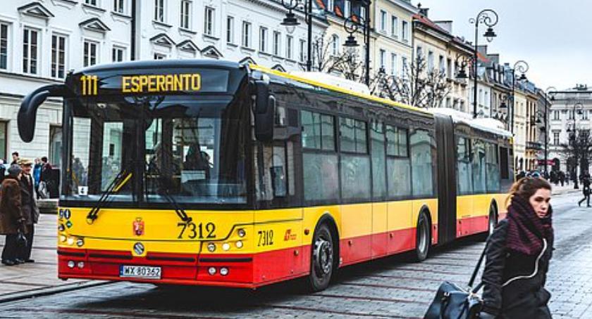 Autobusy, Będzie paraliż komunikacyjny Pracownicy chcą podwyżek wykluczają strajku - zdjęcie, fotografia