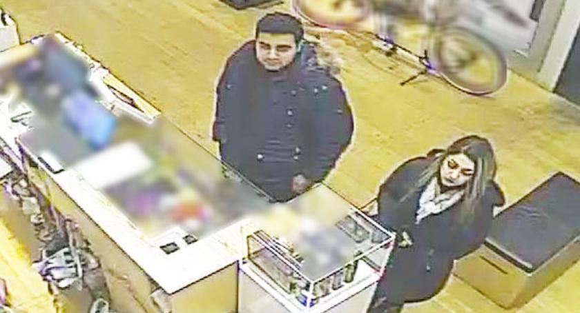 Kradzieże i Rozboje, Policja potrzebuje pomocy ustaleniu podejrzanych Zobaczcie zdjęcia monitoringu - zdjęcie, fotografia