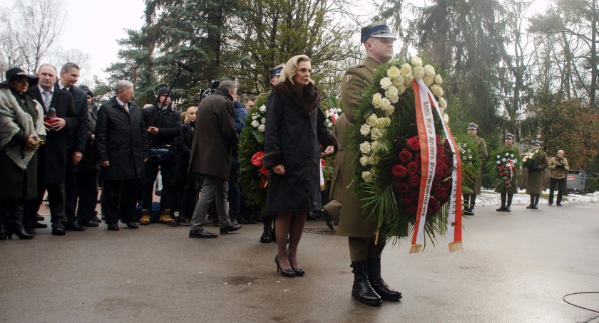 Religia - kościoły - święta, Ryszard Kukliński rocznicę śmierci - zdjęcie, fotografia