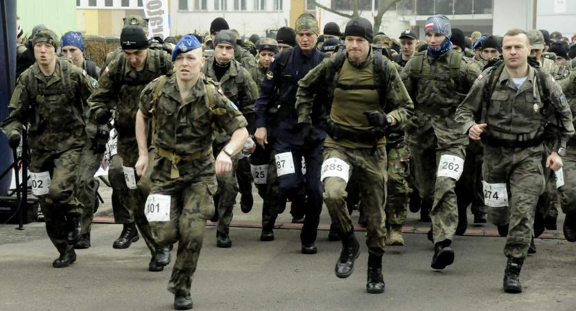 Biegi - maratony, Półmaraton Komandosa [ZDJĘCIA] - zdjęcie, fotografia