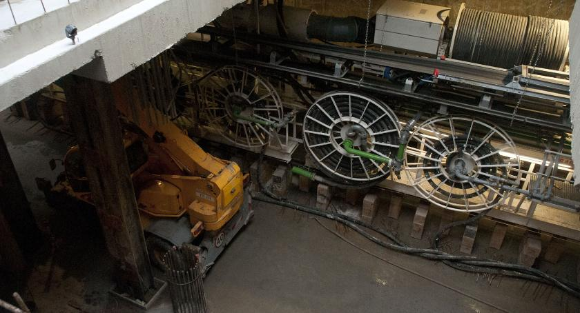 Metro, wizytą budowie metra tarcza Krystyna ruszyła akcji [ZDJĘCIA] - zdjęcie, fotografia