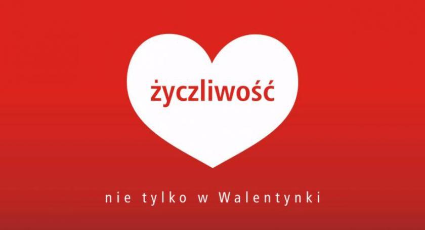 Autobusy, Specjalne walentynkowe linie jutro ulicach Warszawy - zdjęcie, fotografia