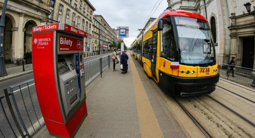 Tramwaje, kupić bilet przed podróżą tramwajem Teraz sprawdzisz mapie biletomatów - zdjęcie, fotografia