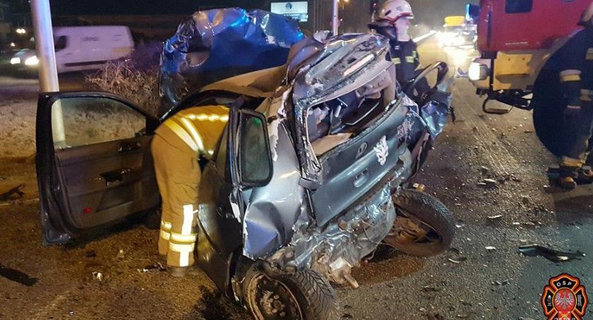 Wypadki, Poranny wypadek Łomiankami zdjęciach straży - zdjęcie, fotografia