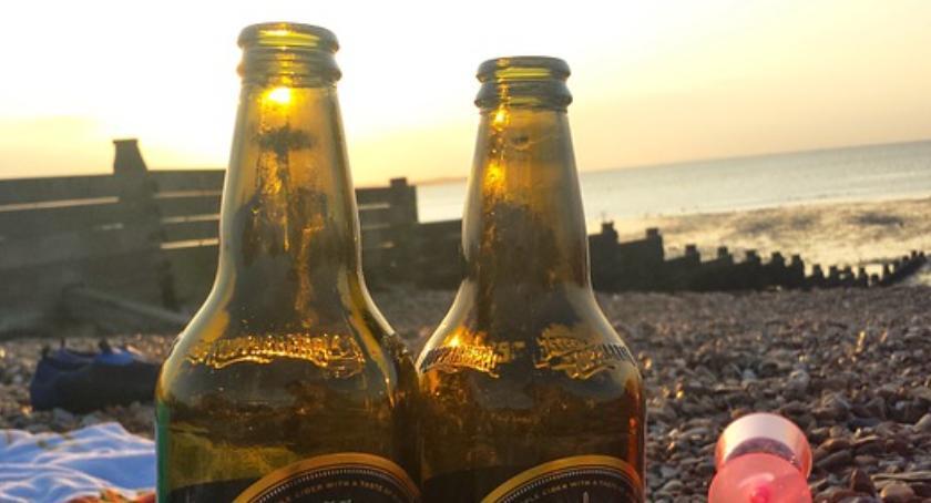 NEWS, przepisy dzisiaj Bulwarach Wiślanych bezkarnie wypijemy - zdjęcie, fotografia