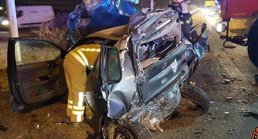 Wypadki, Kolizja wypadek dalej Stołeczna policja przypomina zasady - zdjęcie, fotografia