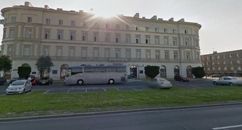 NEWS, Jesienią pomnik Lecha Kaczyńskiego przed Garnizonem Warszawa zgoda wojewody - zdjęcie, fotografia