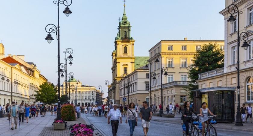 Drogi, Weekendowy deptak czyli Krakowskie Przedmieście samochodów - zdjęcie, fotografia