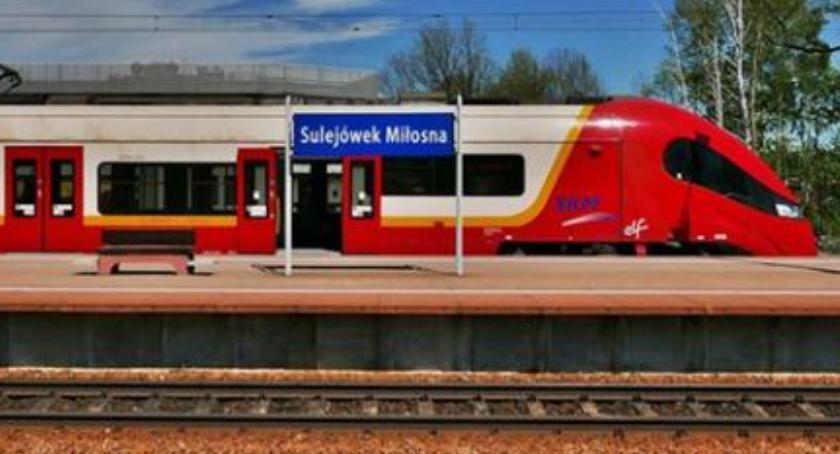 Transport publiczny - komunikacja, Karta Metropolitalna czyli tańsze bilety podwarszawskich - zdjęcie, fotografia