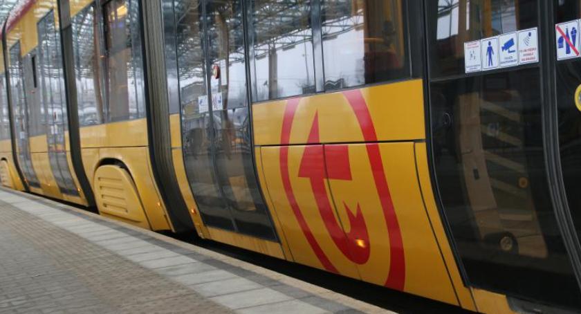 Transport publiczny - komunikacja, niedzielę utrudnienia trasie - zdjęcie, fotografia