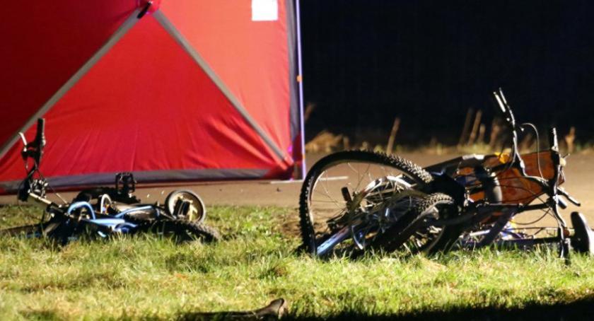 Wypadki, Tragedia powiecie wołomińskim ofiary śmiertelne wypadku dwoje dzieci [ZDJĘCIA] - zdjęcie, fotografia