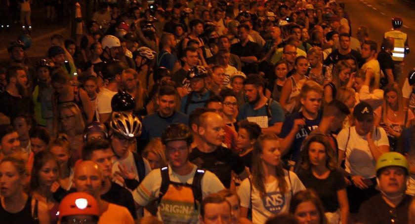 Imprezy, Wydarzenia, Nightskating Warszawa inauguracja sezonu sobotę - zdjęcie, fotografia