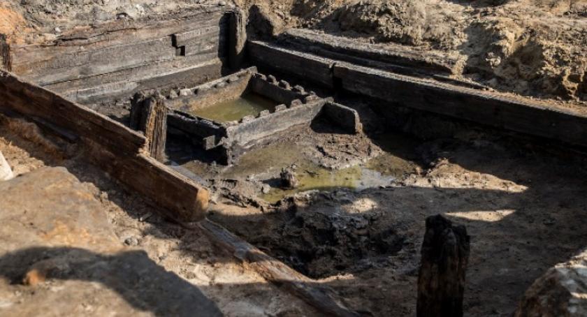Historia Warszawy, Kolejne historyczne znalezisko placu budowy Piwnica Krasińskich - zdjęcie, fotografia