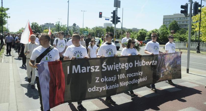 Protesty i manifestacje, Marsz Świętego Huberta Maszerowali okazji lecia Niepodległości - zdjęcie, fotografia