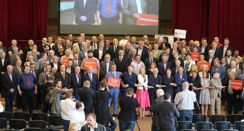 Wybory samorządowe 2018, Bezpartyjni powalczą Warszawę Mazowsze całą Polskę Mają dość partii - zdjęcie, fotografia