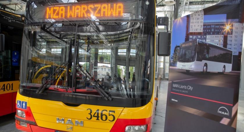 Autobusy, autobusów zasilanych gazem przyszłym - zdjęcie, fotografia