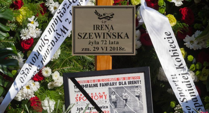 Wspomnienie, Irena Szewińska ostatnie pożegnanie - zdjęcie, fotografia