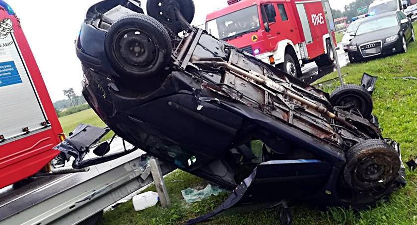 Wypadki, Dachowanie łuku drogi [ZDJĘCIA] - zdjęcie, fotografia