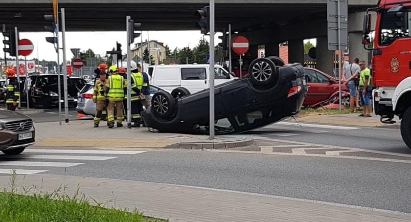 Wypadki, Kolejny wypadek rondzie Łomiankach [ZDJĘCIA] - zdjęcie, fotografia