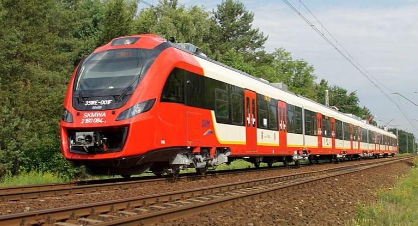NEWS, Pociągiem Zegrza - zdjęcie, fotografia