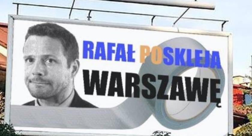 Wybory samorządowe 2018, Trzaskowski taśmą drzwi [MEMY] - zdjęcie, fotografia