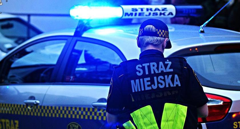 Bezpieczeństwo, Pedofil zatrzymany przez straż miejską centrum miasta - zdjęcie, fotografia