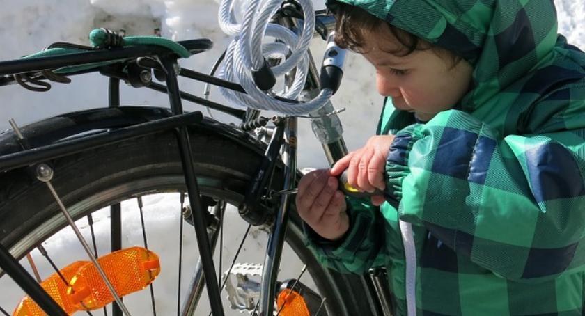 Rower, Mobilny Serwis Rowerowy dzisiaj ulicach miasta - zdjęcie, fotografia