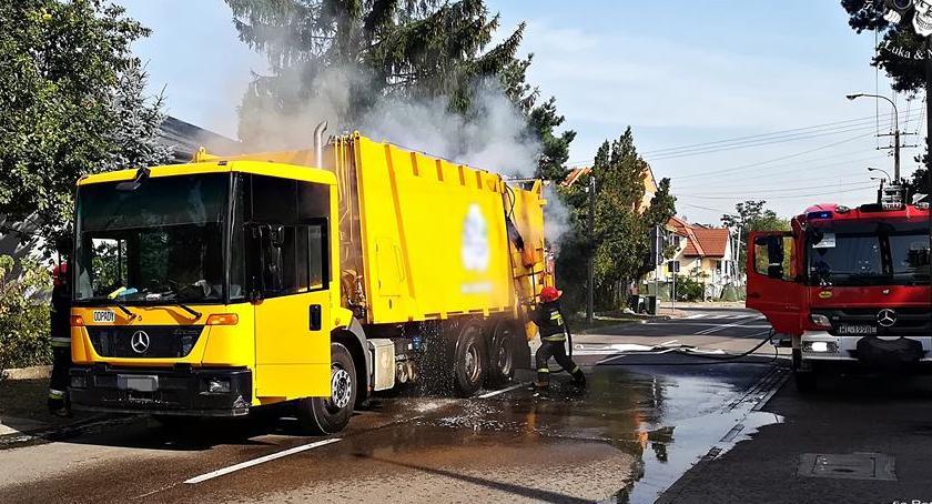 Pożary, samochodzie zapaliły przewożone odpady [ZDJĘCIA] - zdjęcie, fotografia