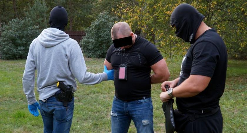 Narkotyki, Łomianki Józefów Wawer mocne uderzenie narkotykową przestępczość [ZDJĘCIA] - zdjęcie, fotografia