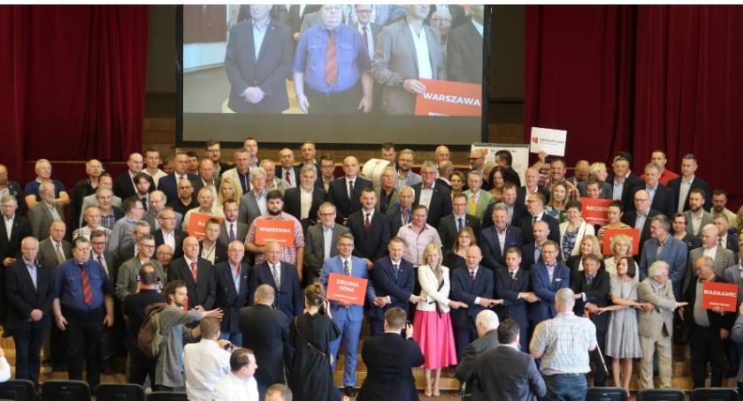 Polityka, Bezpartyjni Samorządowcy zarejestrowali pełne listy Warszawie całym kraju - zdjęcie, fotografia