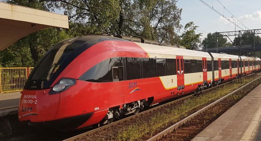 Transport publiczny - komunikacja, wraca Pruszkowa Zmiany poniedziałku - zdjęcie, fotografia