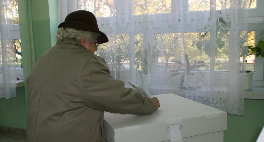 Wybory samorządowe 2018, Dlaczego warto myśleć Komitetach Lokalnych - zdjęcie, fotografia