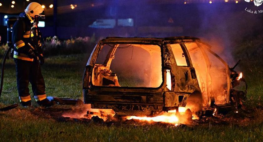 Pożary, Pożar samochodu węźle Konotopa [ZDJĘCIA] - zdjęcie, fotografia