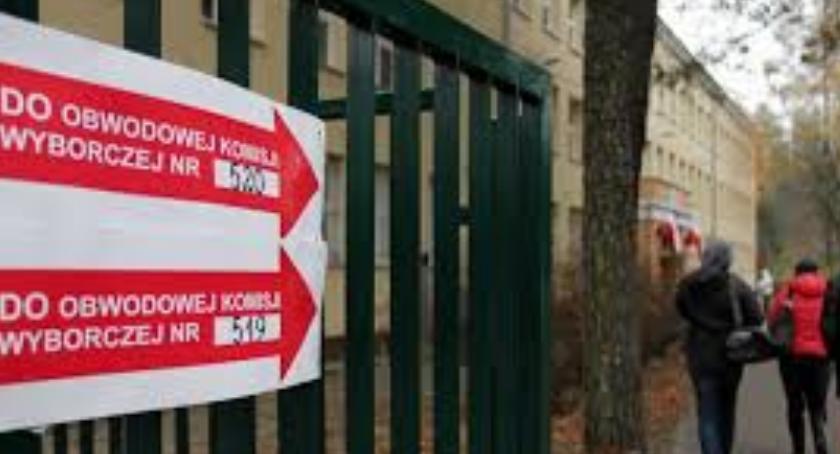 NEWS, ludzi dziś głosuje Rekordowa frekwencja wyborców Warszawie! - zdjęcie, fotografia