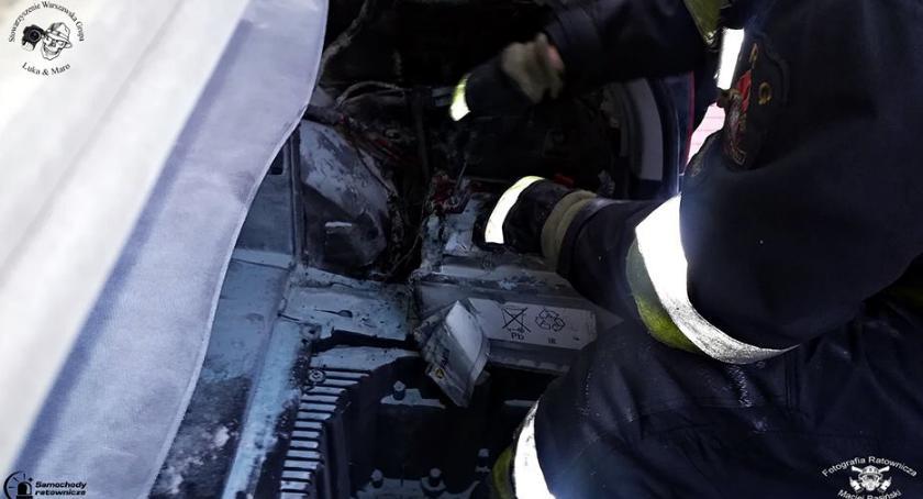 Pożary, Pożar akumulatora [ZDJĘCIA] - zdjęcie, fotografia