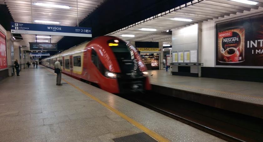 Koleje Mazowieckie, Przez tydzień pociągiem dojedziemy Lotniska Chopina - zdjęcie, fotografia