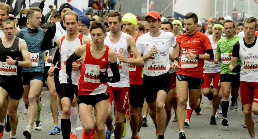 Biegi - maratony, Niepodległości [ZDJĘCIA] - zdjęcie, fotografia