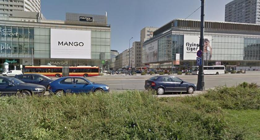 Ulice – place , Zwężą Marszałkowską wybudować ścieżkę rowerową - zdjęcie, fotografia