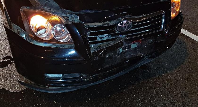 Wypadki, zachował bezpiecznego odstępu [ZDJĘCIA] - zdjęcie, fotografia