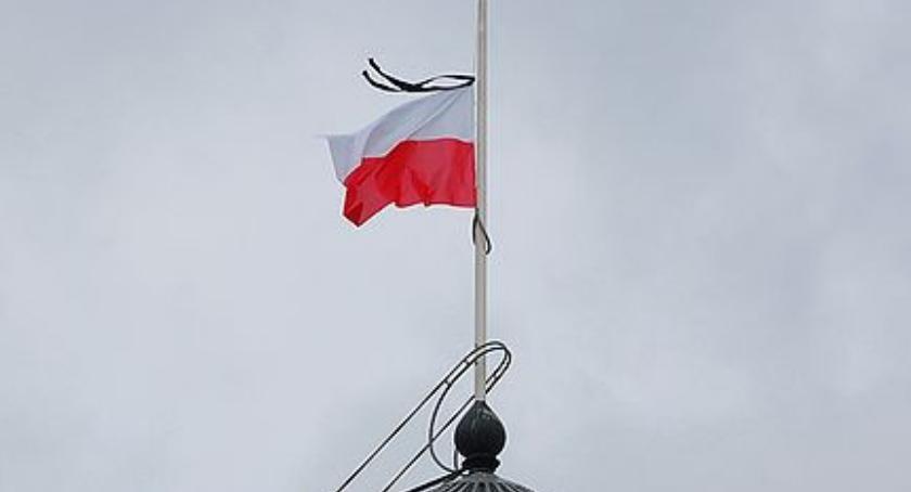 NEWS, Prezydent ogłosił żałobę narodową tragedii Czechach - zdjęcie, fotografia