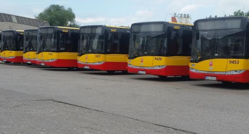 Transport publiczny - komunikacja, Świąteczne zmiany komunikacji sporo zmienia - zdjęcie, fotografia