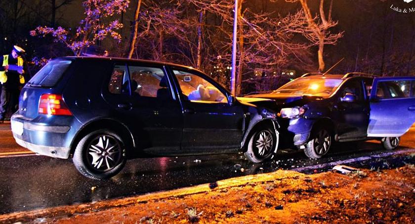 Wypadki, Doprowadził czołówki uciekł miejsca zdarzenia [ZDJĘCIA] - zdjęcie, fotografia