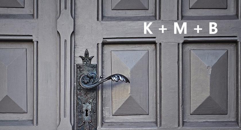 NEWS, K+M+B napisaliście kredą drzwiach błędny skrót - zdjęcie, fotografia