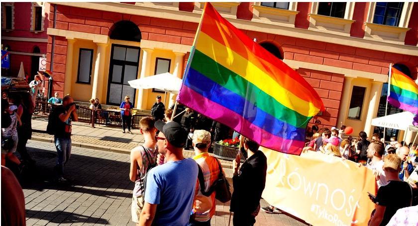 Organizacje NGO , Warszawie powstanie hostel osób - zdjęcie, fotografia