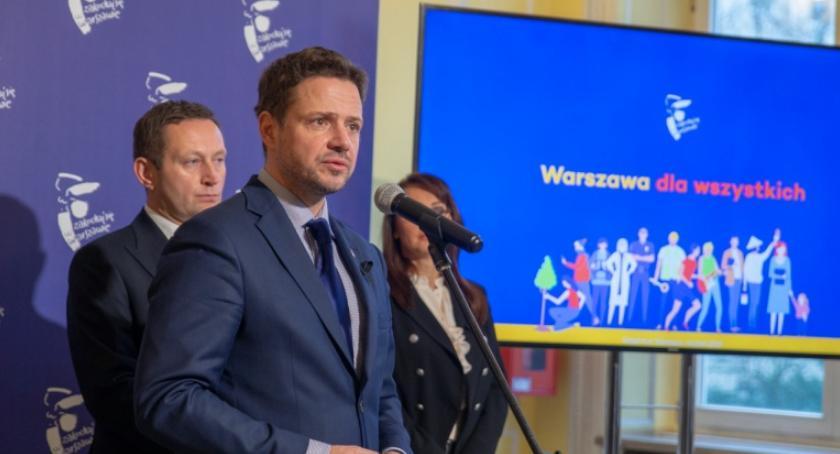 Samorząd, Realizacja wyborczych obietnic zrobi Trzaskowski - zdjęcie, fotografia