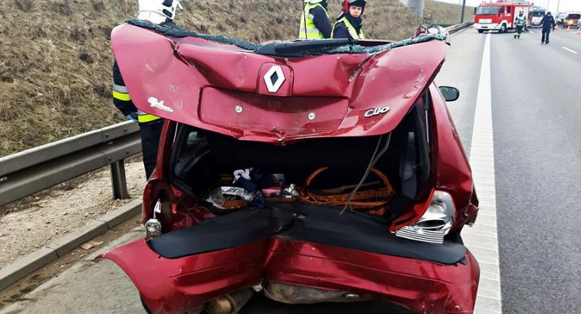 Wypadki, Zderzenie dwóch samochodów [ZDJĘCIA] - zdjęcie, fotografia