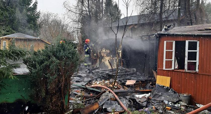 Pożary, Pożar altany Spłonęła całkowicie [ZDJĘCIA] - zdjęcie, fotografia